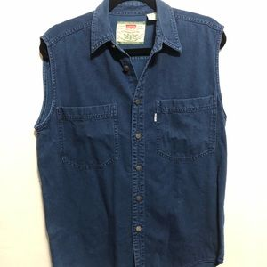 Vintage Levi's Women's Sleeveless top size S, blue